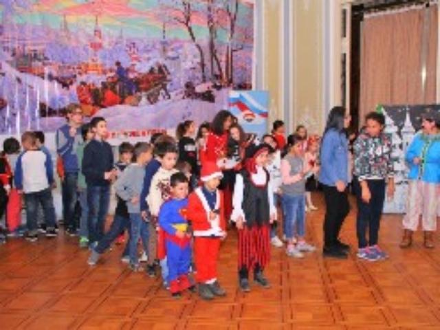 Новогодняя ёлка в Александрии
